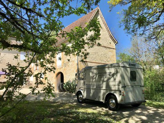 Gite de Gabarre et Wine truck